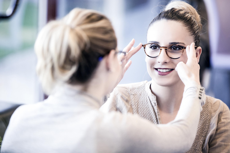 Welche Brille passt zu mir? | NÜRNBERGER Versicherung